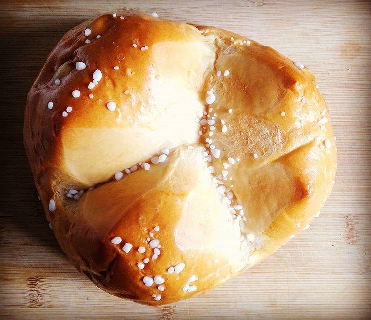 pinca-bread