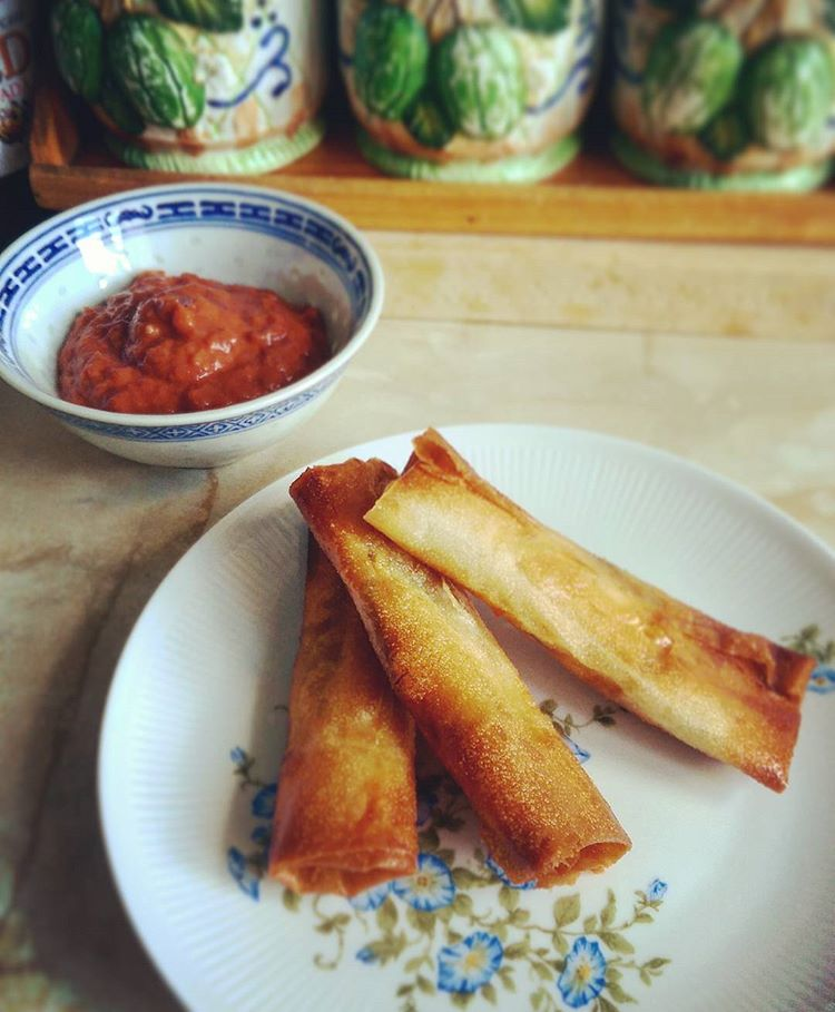 Spring rolls & red bean dip